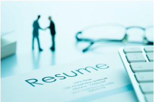 8 Ways to Stand Out with Your Resume